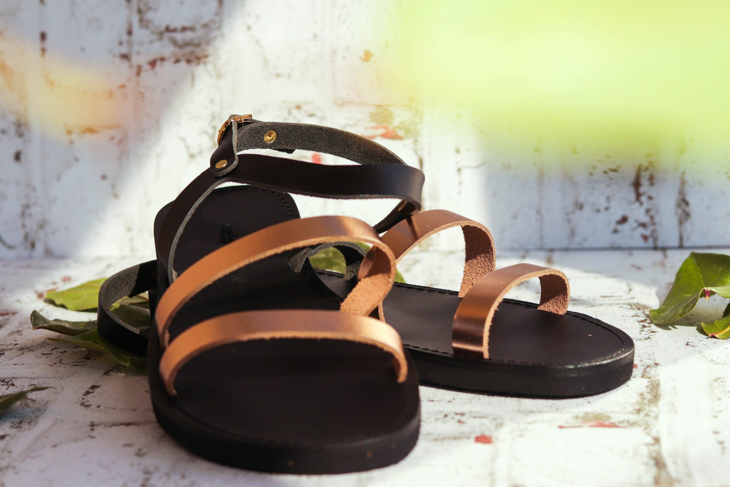 Flache Sandalen FUNKY CHIC, bronze
